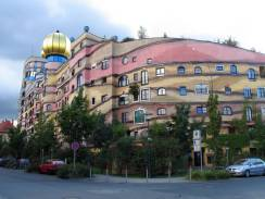 forest-spiral-by-hundertwasser-the-unique-house-in-germany-1